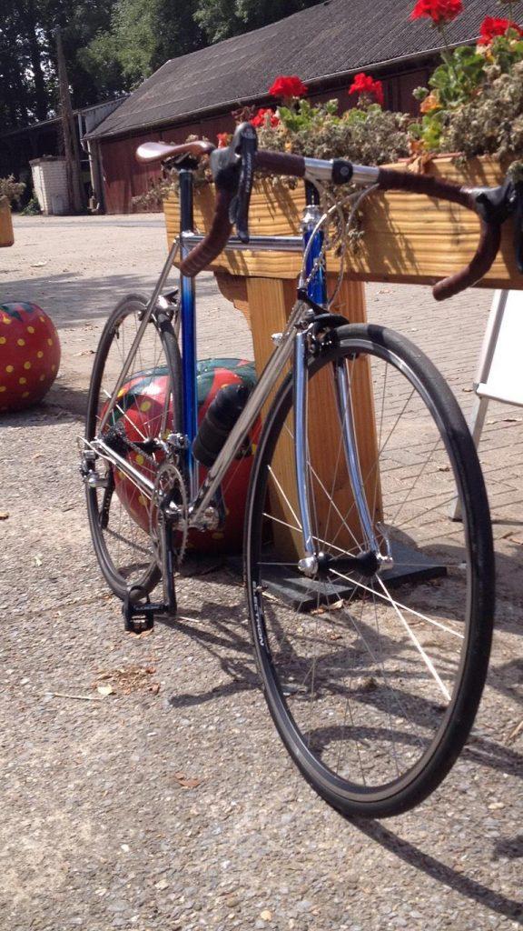 Ein Stahl Rennrad
